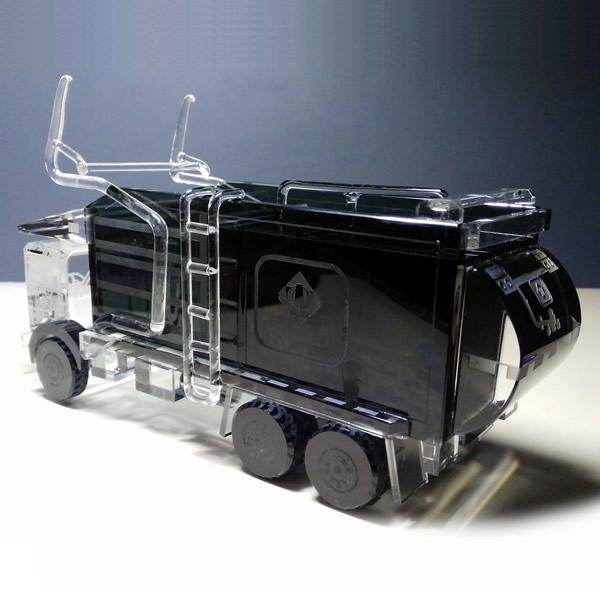 3D Crystal Disposal Truck Award for Waste Management