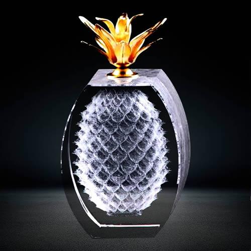 3d laser engraved crystal-pineapple sculpture award